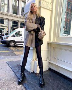 elsa hosk * elsa + elsa frozen 2 + elsa cake + elsa hosk + elsa birthday party + elsa birthday cake + elsa pataky + elsa and jack frost Looks Street Style, Model Street Style, Looks Style, Elsa Hosk, Mode Outfits, Trendy Outfits, Fashion Outfits, Fashion Ideas, Fashion Tips