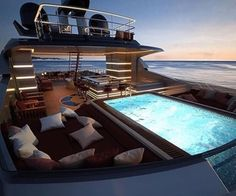 Yacht luxury life - The Vehicles Yacht Design, Wealthy Lifestyle, Luxury Lifestyle, Billionaire Lifestyle, Luxury Yacht Interior, Luxury Decor, Buy A Boat, Yacht Boat, Yacht Club