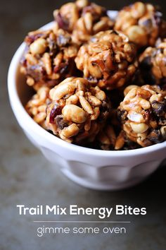 Trail Mix Energy Bites for snacking on the go Healthy Protein, Protein Snacks, Healthy Treats, Healthy Desserts, Healthy Recipes, Protein Bites, Energy Snacks, High Protein, Healthy Food