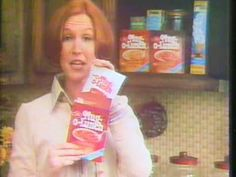 Mug o Lunch 1979 TV commercial - YouTube I remember eating these after school!