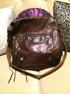 Authentic Balenciaga Chocolate Brown Crossbody. 100% authentic, classic supple leather than only Balenciaga can make. Large size crossbody makes this the perfect everyday bag. Professional and classy yet sassy and edgy.