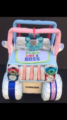 Camo Gender Reveal, Gender Reveal Party Gifts, Gender Reveal Decorations, Girl Baby Shower Decorations, Baby Shower Gender Reveal, Reveal Parties, Jeep Diaper Cake, Twin Diaper Cake, Diaper Cakes