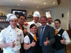 Karl Wilfing  Besuch in der Landesberufsschule Geras. Bei diesen Koch- und KellnerInnenlehrlingen bleibt NÖ's Gastronomie sicher Spitze!