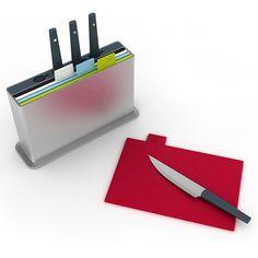 ¡Gran idea! Cuchillos con sus propias tablas para evitar la contaminación cruzada. #singluten