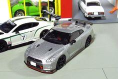 Tomica Limited Vintage neo Nissan Skyline GT-R