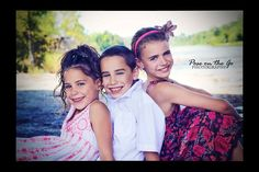 Sisters and brother. Cute Kids photo ideas.