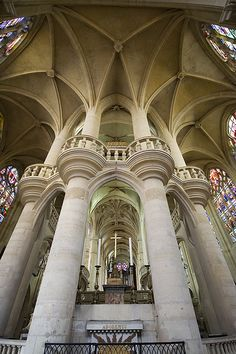 Beautiful vaulted ceiling, columns with balconies in the Saint-Etienne-du-mont church in Paris