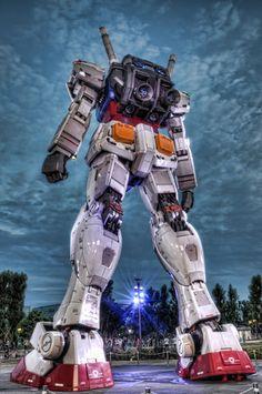 The +60 foot tall Gundam