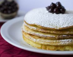 Jednoduchý pudingový zákusok - Receptik.sk Beignets, Almond Butter, Almond Flour, Crepes Party, Pancake Toppings, Paleo Pancakes, Smoothie, Breakfast, Food