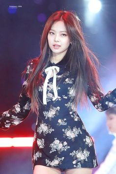 Image discovered by Yamila Labrin. Find images and videos about kpop, blackpink and jennie on We Heart It - the app to get lost in what you love. Kpop Girl Groups, Korean Girl Groups, Kpop Girls, Blackpink Fashion, Korean Fashion, Fashion Outfits, Stage Outfits, Kpop Outfits, Blackpink Jennie