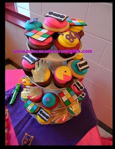 80s Cupcakes party-central