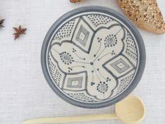 moroccan bowl pottery handmade. cerámica pintada a mano