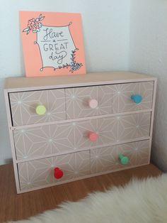 DIY: Ikea MOPPE hack | Tapete, Acrylfarbe, Lack | by Silke Giesen