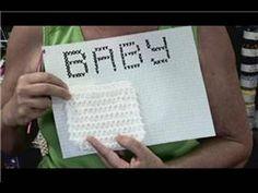 How to Crochet : How to Crochet Words Onto a Blanket ♡ Teresa Restegui http://www.pinterest.com/teretegui/ ♡