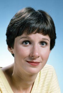 Mary Gross, actress and one time SNL cast member (1981-85) turns 62 today - she was born 3-25 in 1953.