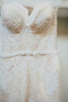 Tendance Robe De Mariée 2018 : Pretty Inbal Dror wedding dress: www. Chic Wedding, Perfect Wedding, Wedding Styles, Dream Wedding, Wedding Day, Wedding Things, Wedding Stuff, Dress Vestidos, Fantasy Wedding