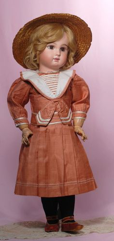 Émile-Louis Jumeau (1843-1910) — 29'' French Bisque Bebe with  Closed Mouth (564×1188)
