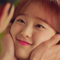 Chuu Loona, Loona Kim Lip, Olivia Hye, Cute Cartoon Wallpapers, Meme Faces, Feeling Happy, Kpop Girls, Girl Crushes, Love Of My Life