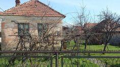 Iz edicije: #vintage #rustic   #sunny  #march #blue #sky #visualsoflife #artofvisuals #rusty #gate #architecture #oldhouselove #garden #sunlight #rsa_ladies #tv_living #rsa_doorsandwindows #village #old #house #brick #countryside #vscocam #vscosrbija #krusevac #instagramsrbija #slikesrbije #nofilter by snenoklica_jp