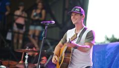 Granger Smith: Country Singer Rushed To Hospital After Stage Fall, But First Finishes Performance