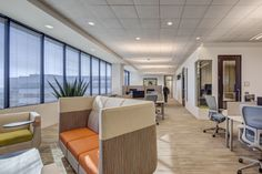 Collaboration Areas | Modern Workplace | Goodman Birtcher | Corporate Headquarters | Irvine, California | Interior Design by H.Hendy Associates