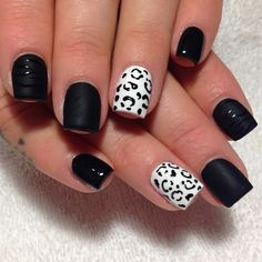 Black and white matte nail art