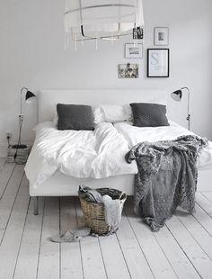 #bedroom #grey #white #Swiss Sense bedroom inspiration <3 | Kijk voor boxsprings en bedlinnen op SwissSense.nl