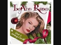 LeAnn Rimes Rockin' around the Christmas tree