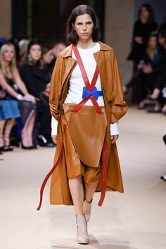 View the complete Esteban Cortazar Spring 2017 collection from Paris Fashion Week.