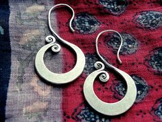 Hey, I found this really awesome Etsy listing at https://www.etsy.com/listing/206513198/greek-earrings-greek-jewelry-hoop