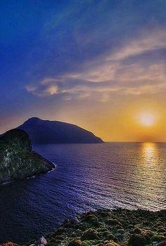 Marmari...#alykes #evia #marmari #hotel #greece #greekislands #vacations #relax #traditional