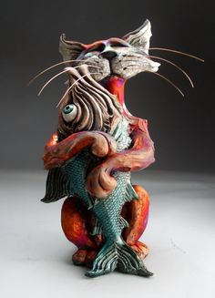 Cat and Fish Raku Pottery Folk Art Sculpture by Face Jug Maker Mitchell Grafton Pottery Animals, Ceramic Animals, Ceramic Art, Raku Pottery, Pottery Sculpture, Pottery Art, Sculptures Céramiques, Sculpture Art, Clay Cats