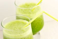 Bobbi Brown's Coconut Kale Shake | The Dr. Oz Show -  Loaded with vitamins A and K, this drink will make your dark circles disappear. Light and refreshing, it makes for the perfect mid-morning snack.