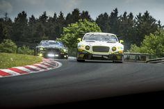 Eine Runde im Publikumsliebling Bentley Continental GT3 auf der legendären Nordschleife. Einer der Bentley konnte sich dieses Jahr im Rahmen der VLN schon die Pole Position sichern. So fühlt es ... weiterlesen