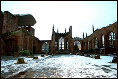 Coventry Cathedral ruins, been right there in the middle of this... amaaaaaaaaazing !!!