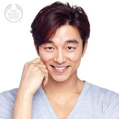 Gong Yoo for The body Shop Gong Yoo Smile, Yoo Gong, Asian Actors, Korean Actors, Goong Yoo, Korean Military, Kyung Hee, Kim Go Eun, Action Film