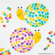 This easy paper plate snail craft uses leftover scrap paper for the shell! You can easily make this with our snail template too! Quilling Paper Craft, Paper Plate Crafts, Paper Crafts For Kids, Arts And Crafts, Summer Crafts For Toddlers, Toddler Crafts, Art For Kids, Recycled Crafts Kids, Easy Crafts