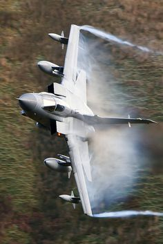 Tornado causing a lovely bit of drag Military Jets, Military Aircraft, Fighter Aircraft, Fighter Jets, Jet Plane, Royal Air Force, War Machine, Airplanes, Tornadoes