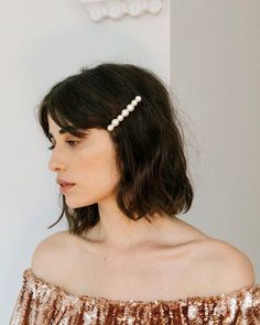 15 chic & short hairstyles to inspire your 2019 chop photo via Jennifer Behr ., HAİR STYLE, 15 chic & short hairstyles to inspire your 2019 chop photo via Jennifer Behr Bobby Pin Hairstyles, Short Hairstyles For Women, Headband Hairstyles, Scarf Hairstyles Short, Fall Hairstyles, Updo Hairstyle, Short Hair Updo, Short Hair Cuts, Short Hair Styles