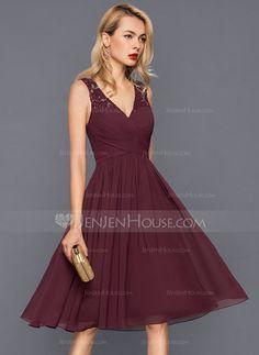 cc6904e5791   111.99  A-Line Princess V-neck Knee-Length Chiffon Cocktail Dress With  Ruffle (016140364)