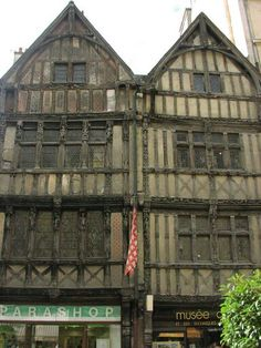 Ornately timber framed Medieval Houses, Medieval Life, Victorian London, Ancient Buildings, Timber Frame Homes, Gothic Architecture, Romanesque, Old Houses, The Good Place