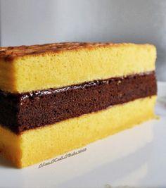 I Cook.: Orange Lapis Surabaya Cake (Spiku) calls for egg yolks. Layer Cake Recipes, Sponge Cake Recipes, Dessert Recipes, Indonesian Desserts, Asian Desserts, Indonesian Food, Just Cakes, Cakes And More, Cake Cookies