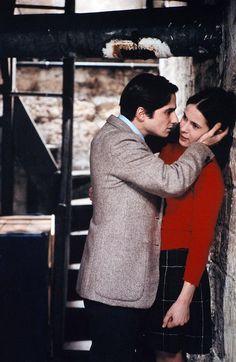 """Jean-Pierre Léaud as (Antoine Doinel) and Claude Jade (Christine Darbon) in """"Baisers volés"""" (1968) by François Truffaut. Veja também: http://semioticas1.blogspot.com.br/2011/11/cahiers-du-cinema.html"""