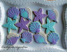 1 dozen Under the sea cookies by daintycakesbyandrea on Etsy Seashell Cookies, Mermaid Cookies, Iced Cookies, Royal Icing Cookies, Mermaid Baby Showers, Summer Cookies, Little Mermaid Parties, Birthday Cookies, Hannukah Cookies