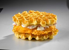 Just found out White Castle is serving breakfast sandwiches, including a Chicken & Waffles sandwich. Supposedly the waffles are imported from Belgium. Fast Food Breakfast, Breakfast Waffles, Breakfast Menu, Pancakes And Waffles, Pancakes Cinnamon, Breakfast Sandwiches, Waffle Taco, Waffle Sandwich, White Castle Breakfast