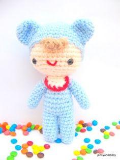 Baby Love Doll - Free Amigurumi Pattern here: http://www.jennyandteddy.com/2011/05/baby-amigurumi/