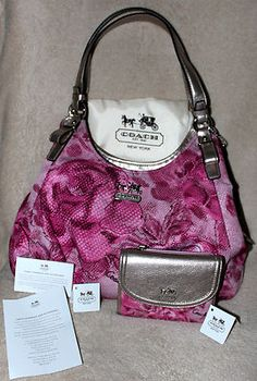 NWT COACH MADISON PINK ROSE FLORAL SIGNATURE MAGGIE PURSE BAG  MATCHING WALLET