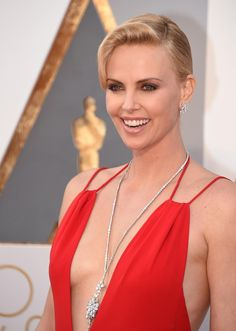 The winner was Charlize Theron who appeared near the end of the event wearing $3.7 million worth of Harry Winston Diamonds. The show stopper was the 48-carat Secret Cluster Diamond Necklace