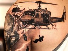 These army tattoos are glorious, violent, somber, colorful, and awesome. Army tattoos are ways to show support to the troops. Enjoy these epic tattoos! Kunst Tattoos, Neue Tattoos, 3d Tattoos, Badass Tattoos, Great Tattoos, Beautiful Tattoos, Body Art Tattoos, Sleeve Tattoos, Tattoos For Guys