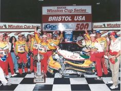 Twenty years ago this month, Terry Labonte, Rusty Wallace and the late Dale Earnhardt Sr. put on a show at Bristol that remains one of the track's defining moments. Nascar Crash, Nascar Racing, Drag Racing, Terry Labonte, Rusty Wallace, Nascar News, The Iceman, Dale Earnhardt